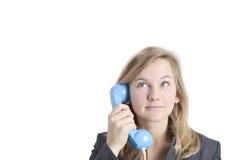 Blondes Mädchen am Telefon Lizenzfreie Stockbilder