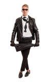 Blondes Modell, das einen Regenschirm hält Lizenzfreies Stockbild