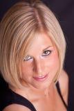 Blondes Pendelmädchen Lizenzfreie Stockfotografie