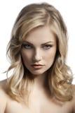 Blondes Portrait der jungen Dame Lizenzfreies Stockbild