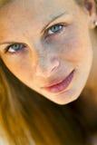 Blondes vorbildliches Headshot Lizenzfreie Stockfotos