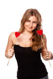 Blondie con due biglietti di S. Valentino Immagine Stock Libera da Diritti