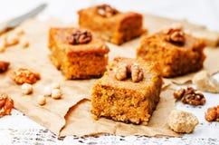 Blondies грецких орехов нутов Стоковое Изображение RF