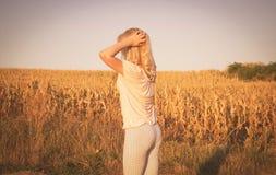 Blondine in der Sonne Stockfotos