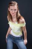 Blondine, die 04 aufwirft Stockfoto