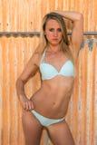 Blondine im Blau Lizenzfreies Stockfoto