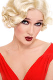 Blondine im roten Kleid Lizenzfreies Stockbild