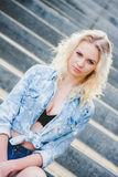 Blondine jungen Mädchens Portert Stockbild
