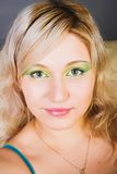 blondinen eyes den gröna ståenden Royaltyfri Fotografi