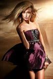 Blondinerecht aufwerfen Stockfotos