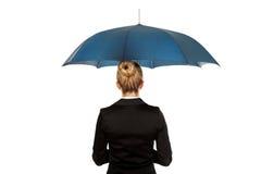 Blondynka bizneswoman trzyma parasol Obrazy Royalty Free