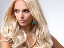 Blondynka włosy. Wysokiej jakości wizerunek. obrazy stock