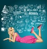 Blondynka w menchiach kłama na podłoga Zdjęcie Stock