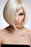 Blondynka włosy. Wysokiej jakości wizerunek. Obraz Royalty Free