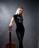 blondynki dziewczyny gitary potomstwa Fotografia Royalty Free