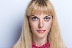 Blont hår för kvinna Royaltyfri Bild