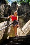 blont ståendekvinnabarn Fotografering för Bildbyråer