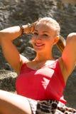 blont ståendekvinnabarn Royaltyfri Foto