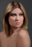 blont ursnyggt kvinnabarn arkivfoton