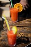 Bloody- Marycocktail des Alkohols auf Strandbar stockfotografie
