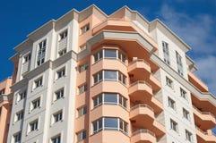 Bloque de apartamentos, casa ideal Foto de archivo