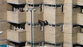Bloque de apartamentos en Tabriz, Irán almacen de metraje de vídeo