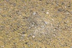 Bloque de escoria concreto teñido amarillo Foto de archivo libre de regalías