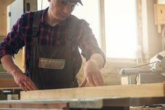Bloque de madera previsto carpintero fotografía de archivo libre de regalías