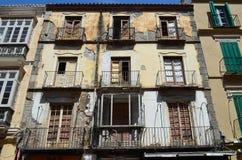 Bloque de viviendas abandonado Foto de archivo libre de regalías