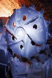 Bloque del cortador de la máquina de hacer cabezas en frío en una mina Imagenes de archivo