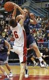 Bloque del tiro de los muchachos del baloncesto Fotos de archivo libres de regalías