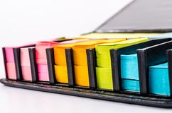 Bloque multicolor de nota de post-it Foto de archivo libre de regalías