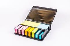 Bloque multicolor de nota de post-it Fotos de archivo