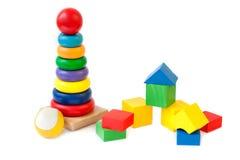 Bloquea la bola de la pirámide Foto de archivo libre de regalías