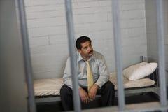 Bloqueado criminal en cárcel Imagenes de archivo