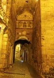 Bloqueie Arco de Almedina em Coimbra, Portugal Fotos de Stock