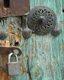 Bloqueo de puerta de la vendimia imágenes de archivo libres de regalías