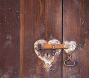 Bloqueo de puerta en forma de corazón Imagen de archivo libre de regalías