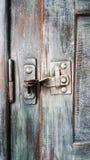 Bloqueo de puerta viejo Fotos de archivo