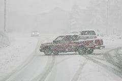 Bloqueo de tráfico en tormenta del invierno Imágenes de archivo libres de regalías