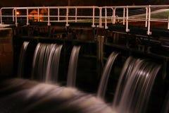Bloqueo del agua del canal   Imagen de archivo libre de regalías