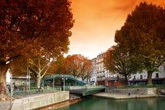 Bloqueo del canal de San Martín en París foto de archivo libre de regalías