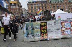 BLOQUEO EN AYUNTAMIENTO COPENHAGUE SQ Orgullo de Copenhague Imágenes de archivo libres de regalías