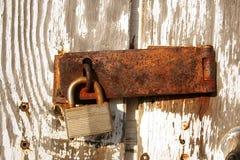 Bloqueo oxidado viejo Imagen de archivo
