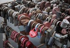 Bloqueos del amor Imágenes de archivo libres de regalías
