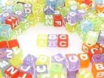 Bloques coloridos del alfabeto del ABC Imágenes de archivo libres de regalías