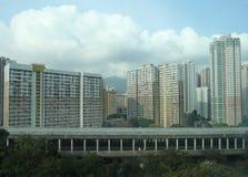 Bloques de apartamentos típicos en el área residencial de Hong Kong Fotos de archivo libres de regalías