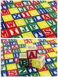 Bloques de enseñanza del niño del ABC del fondo Imágenes de archivo libres de regalías