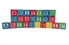 Bloques de la lectura y de la aritmética de la escritura Foto de archivo libre de regalías
