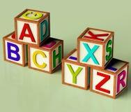 Bloques de los cabritos con el ABC y Xyx Fotos de archivo